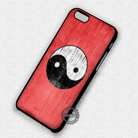 Yin Yang Logo with Red Background Black and White - iPhone 7 6s 5c 4s SE Cases & Covers