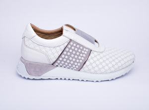 Boberck - Women's Sneakers