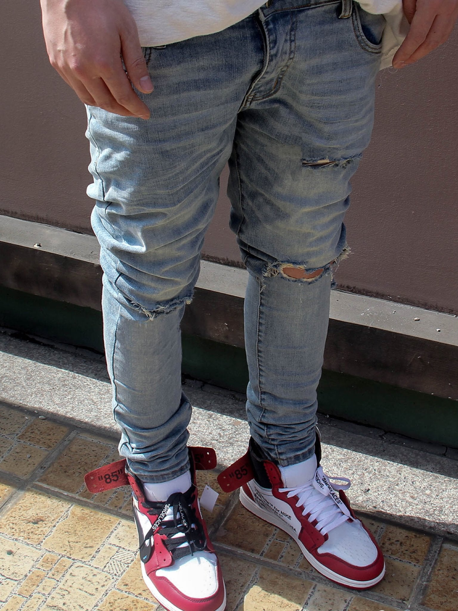 DESTROYED SKINNY WASHED RETRO JEANS