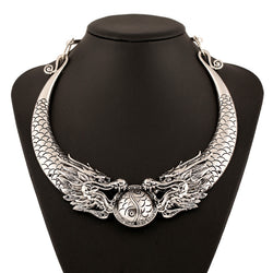Dragon dramatic necklace