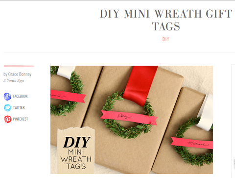 Wreath gift wrapping