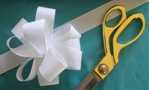 Drency Fluffy Ribbon Bow Tutorial
