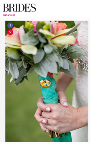 Wrap a wedding bouquet