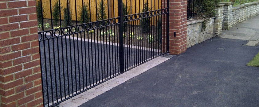 Should You Choose an Underground Automatic Gate System?