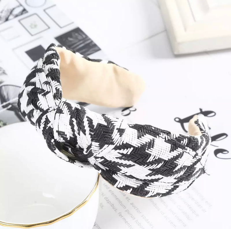 Straw Weave Hairband - Black Houndstooth Pattern