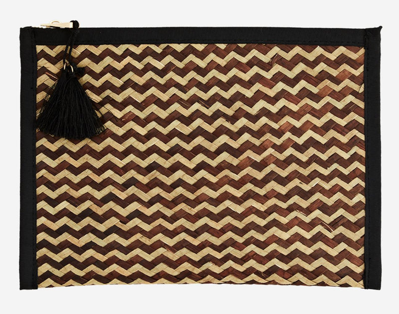 Straw Clutch w/ Tassel