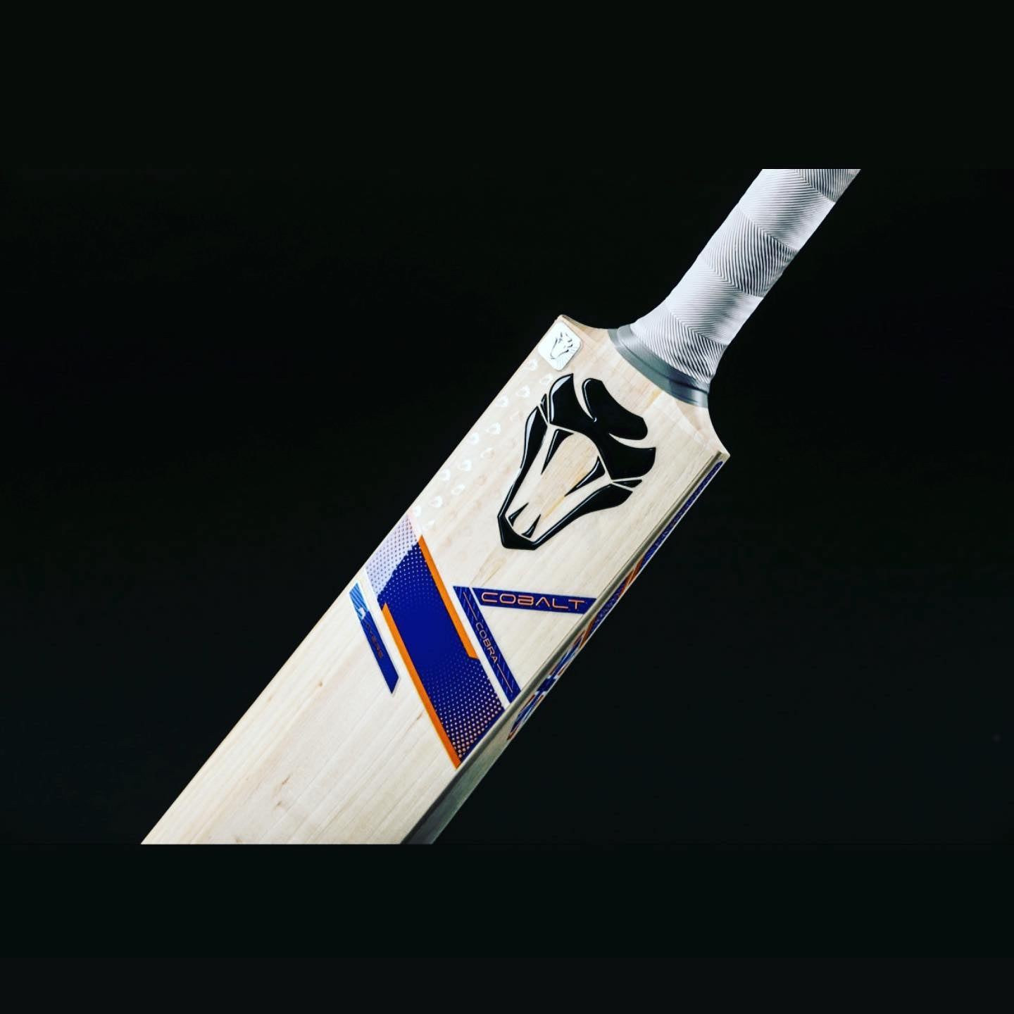 CUSTOM MADE CRICKET BAT