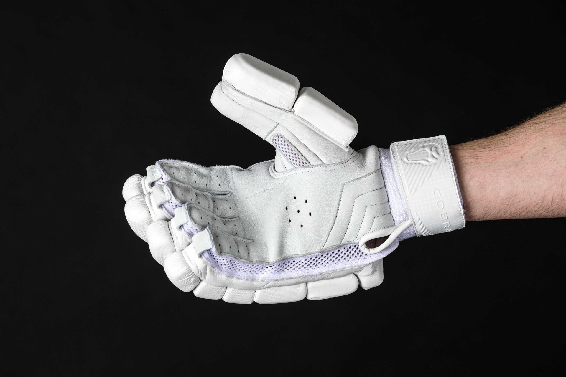 COBRA- LIMITED EDITION Batting Gloves