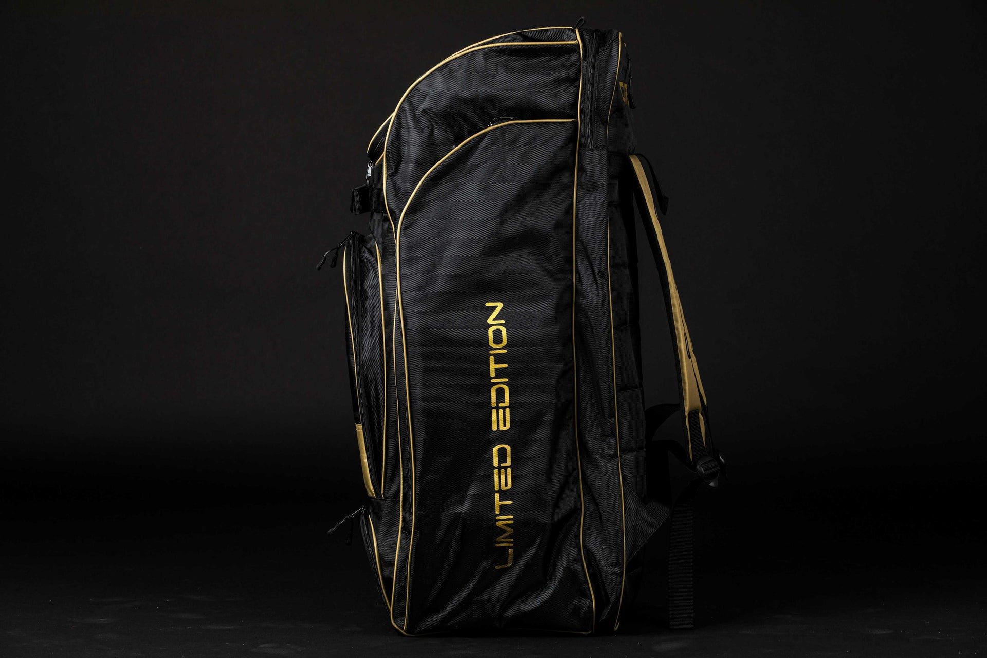 LIMITED EDITION Duffle Bag - Oblivion (GOLD)