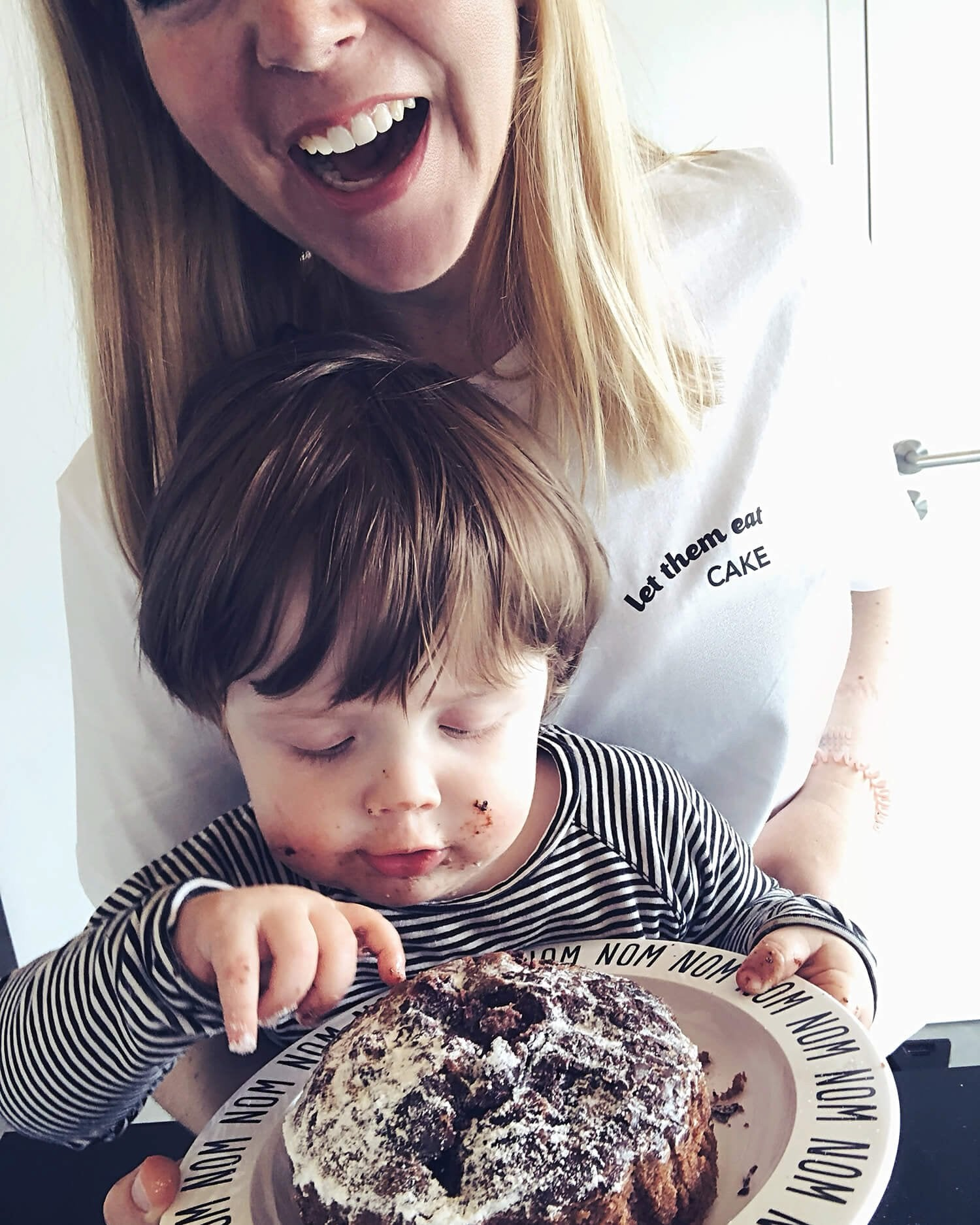 Let Them Eat Cake T-Shirt, Top, (Sustainable) BAD MOMS CLUB, LittleCuteCorner. - Belgian Woman Online Clothing Store