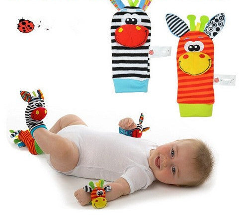 4PCS style A4Pcs(2Pcs Socks+2Pcs Wrists) New Infant Baby Kids Sock And Wrist Rattles Cute Intellectual Developmental Toys Animal