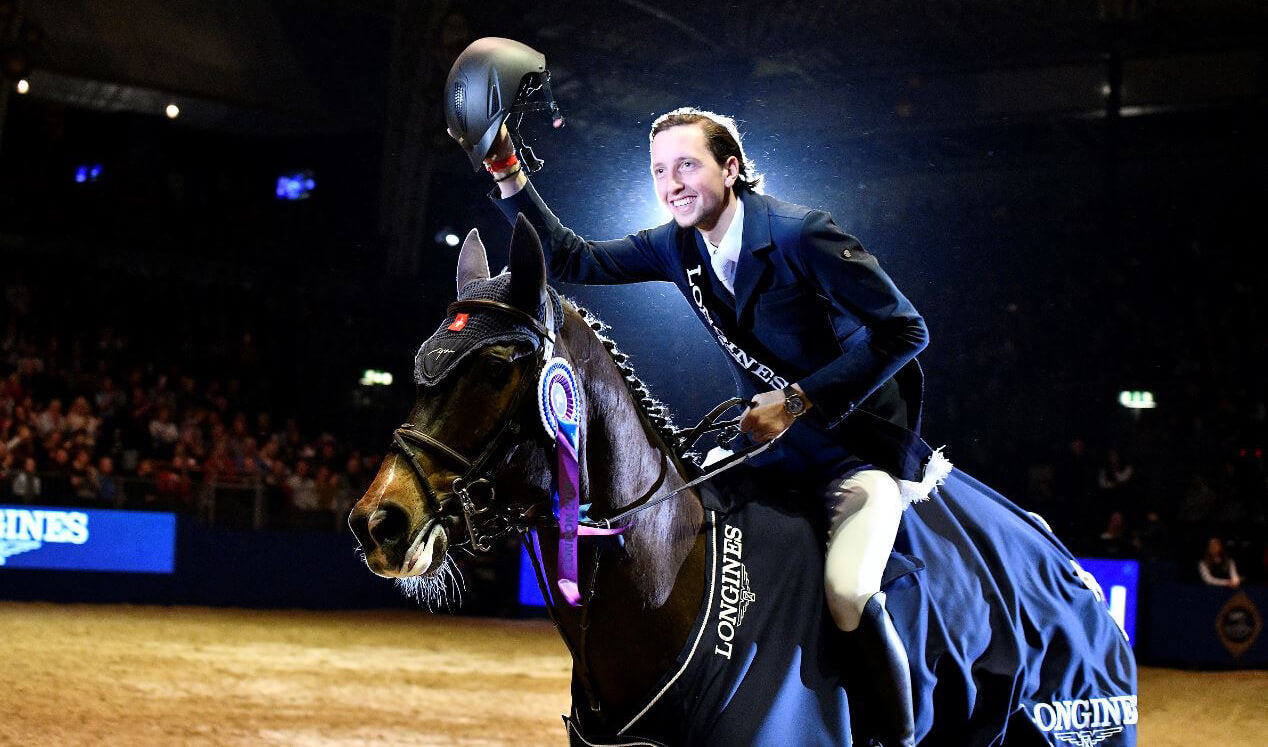 FEI Ranked World No.1 Showjumper Martin Fuchs talks about Haygain
