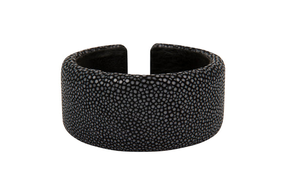 Stingray Cuff Black