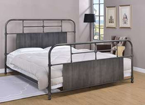 Coeburn Metal Bed - King, Antique Black