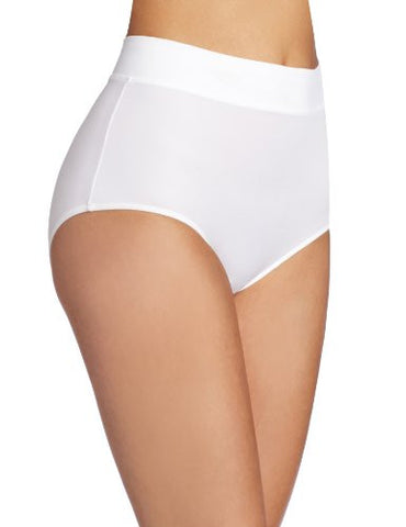 Warner's Women's No Pinching. No Problems.  Modern Brief Panty, White, 9