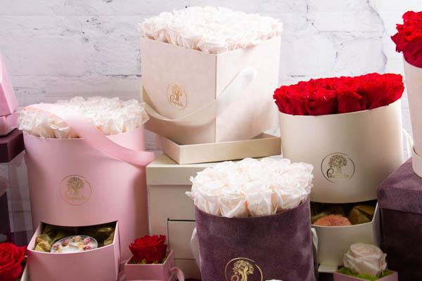 Velvet Boxes and Eternity Roses