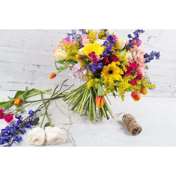 Designer's Choice: Seasonal Mix - flowersbypouparina.com