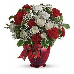 Holiday Splendor - flowersbypouparina.com