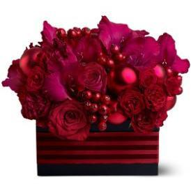Red Carpet Christmas - flowersbypouparina.com