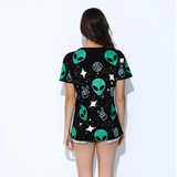 """Alien"" Printed Black T-Shirt - LovelyMojo"