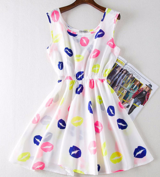"""Kisses & Love"" Dress - LovelyMojo"