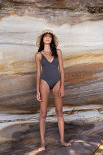 BEVERLY One Piece Graphite