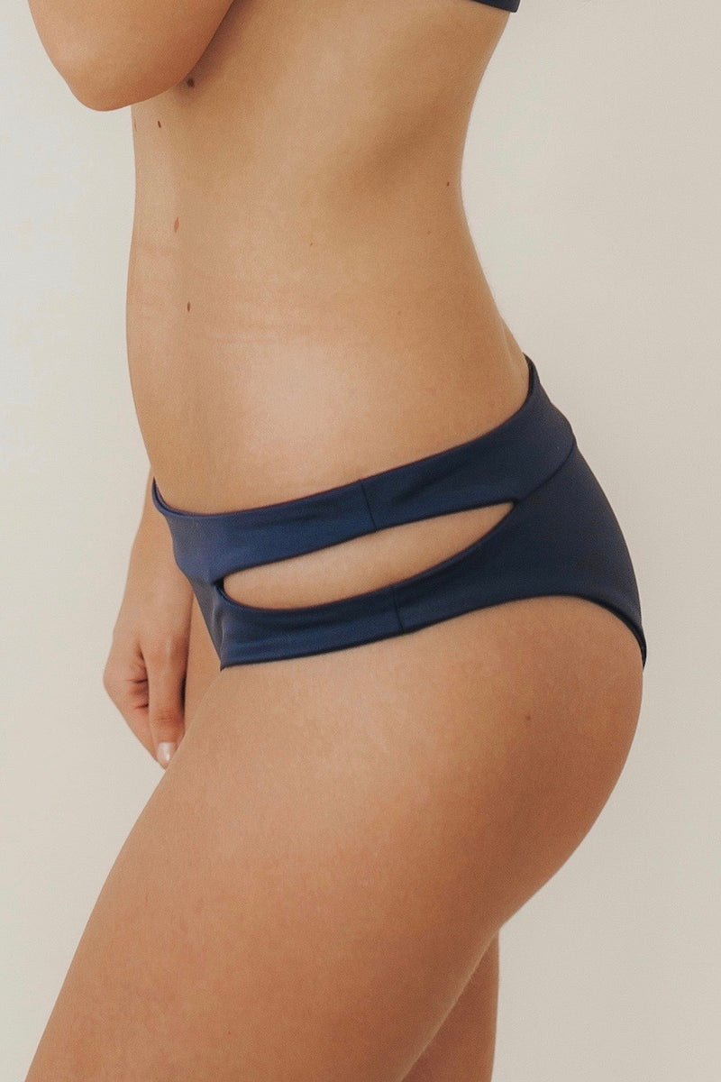CUT-OUT Bottoms Navy