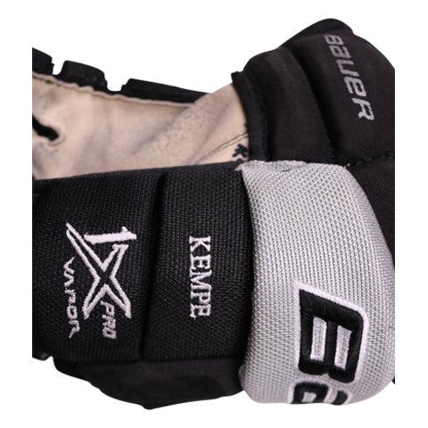 Adrian Kempe Game-Used Gloves