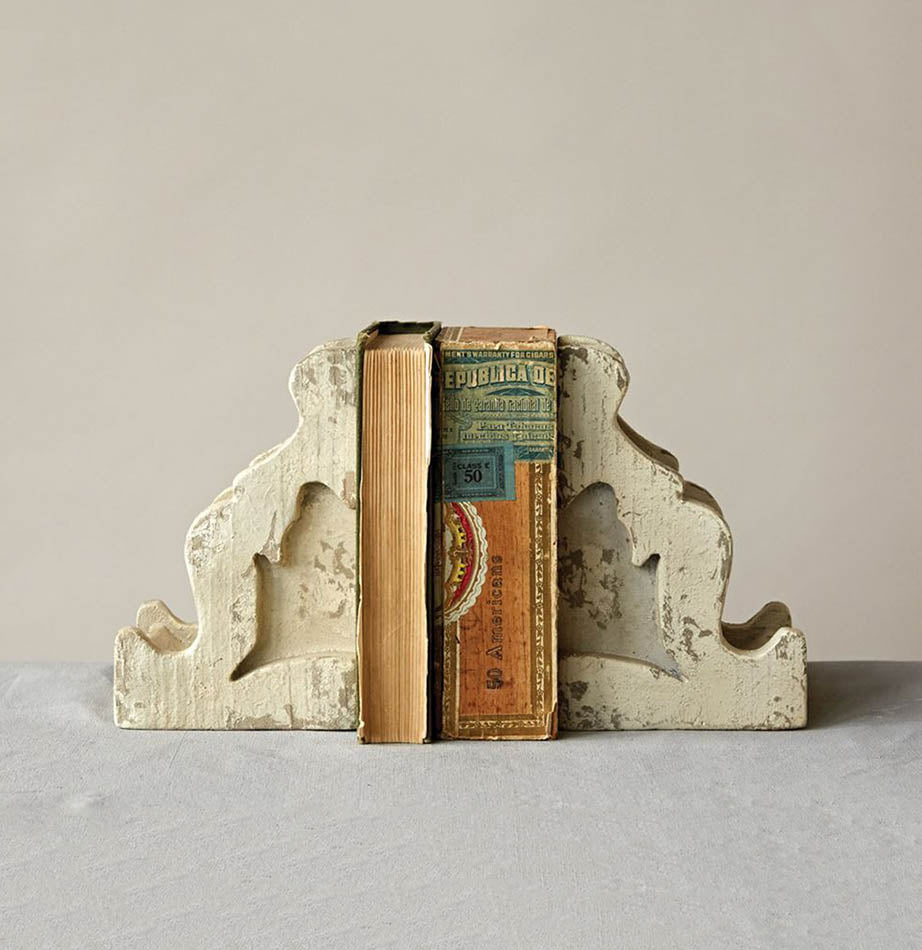 Distressed Magnolia Corbel Bookends