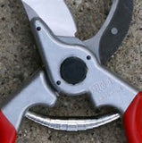 Felco #4 Pruner ready to ship out at vlsmt.com!