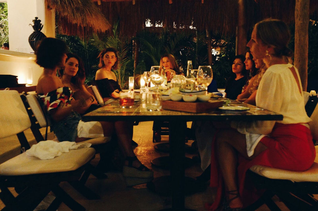 hotel-esencia-dannijo-travels-girls-dinner