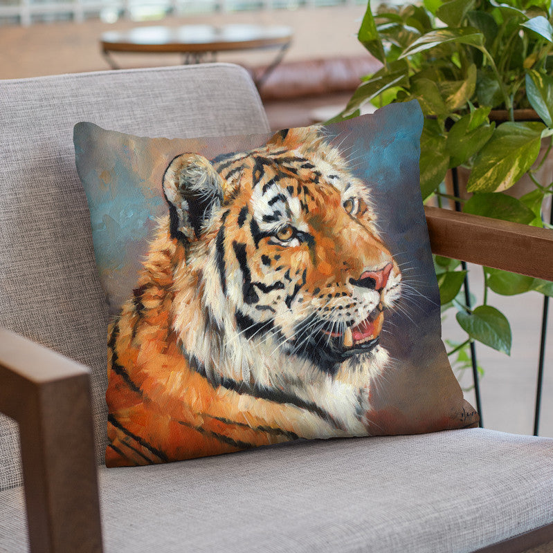 Majestic Tiger Throw Pillow By David Stribbling