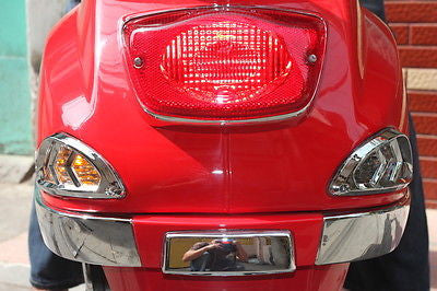 Talon Billets - VESPA LX 50 125 150 LX50 LX125 LX150 REAR SIGNAL LIGHT TRIM CHROME COVER RAILS