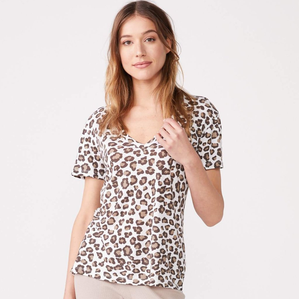 Leopard Relaxed V