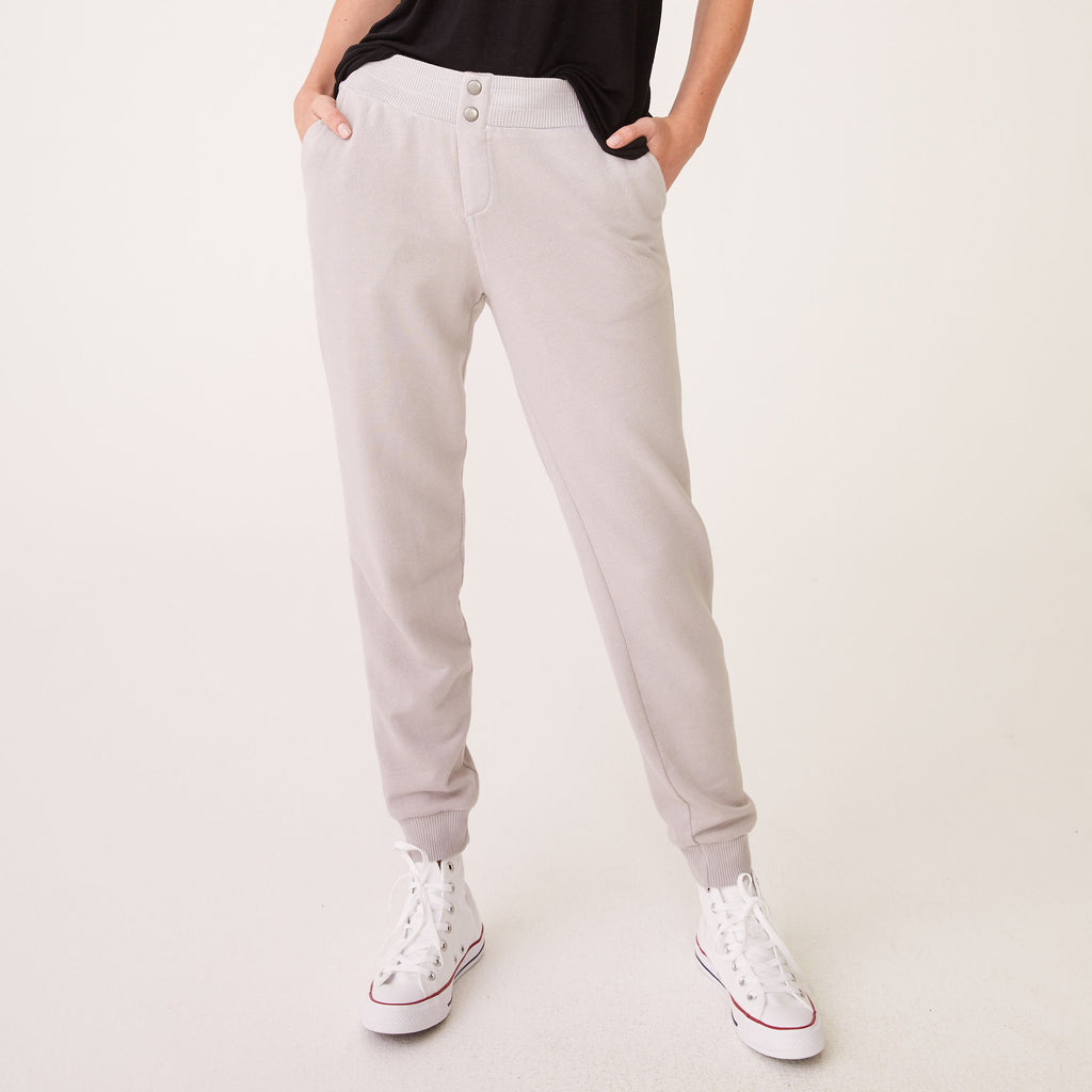 Snap Fly Sweats