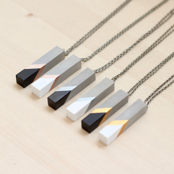 Geometric Bar Pendant Necklace 2.0