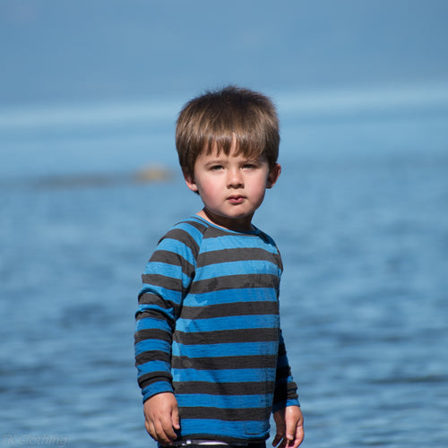 Kids merino wool long sleeved top - in blue charcoal stripe