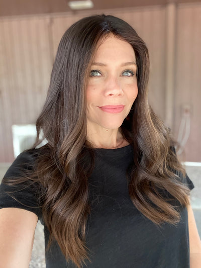 # 5279 GARDEAUX DELUXE LACE TOP WIG (MEDIUM CAP)