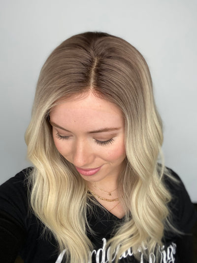 # 4991 GARDEAUX DELUXE LACE TOP WIG (MEDIUM CAP)