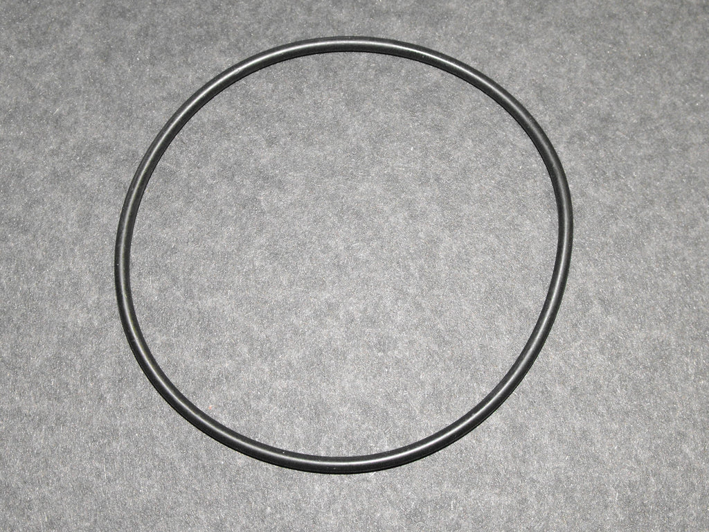 UG11161P Rear Hub Seal Rolls Royce Shadow and more
