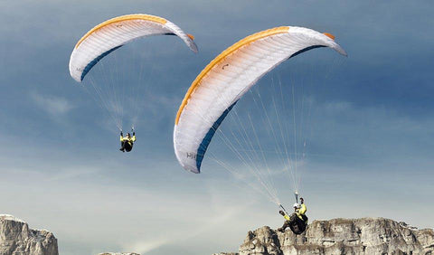 Advance Pi 2 the ultra lightweight hike and fly paraglider