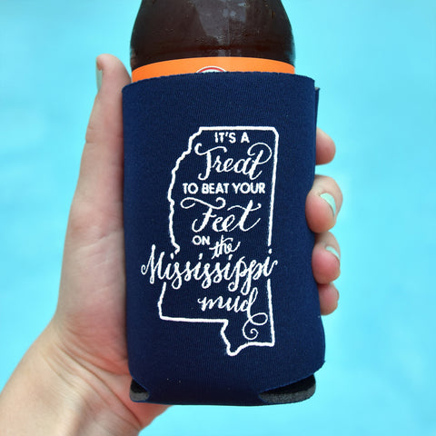 Mississippi Mud Can Cooler in Navy