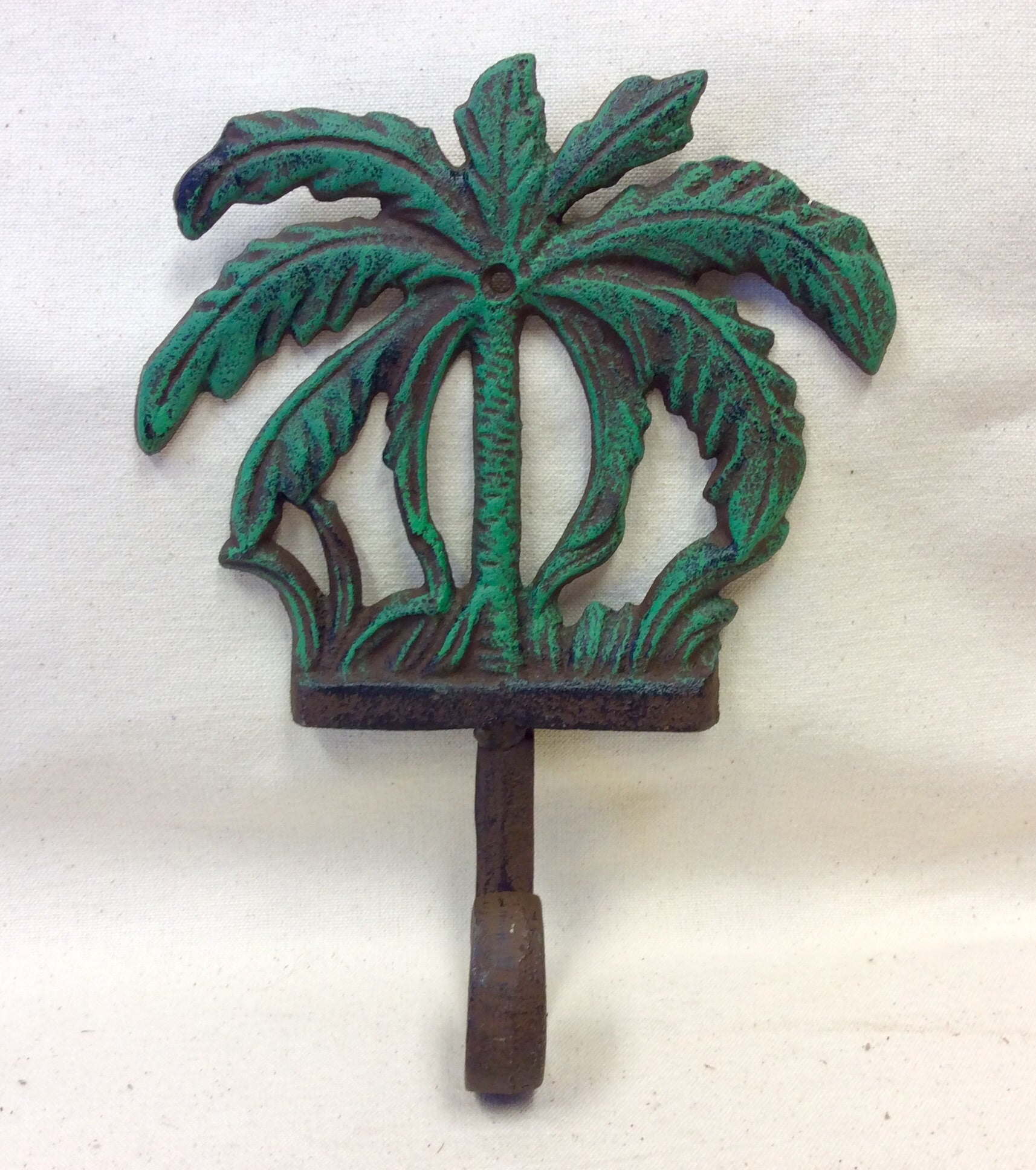 "Hook, Palm Tree, Green, Large, 6.5"" x 8.5"""