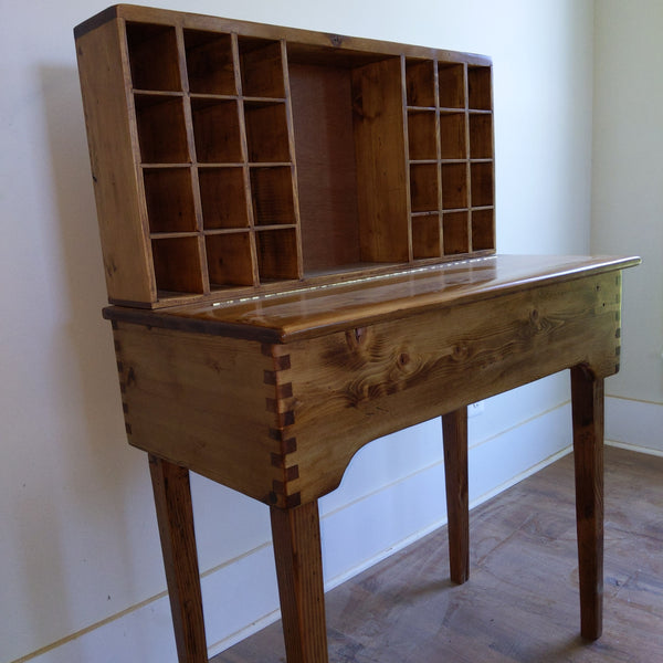 Yeoman's Desk, Custom Mail Desk