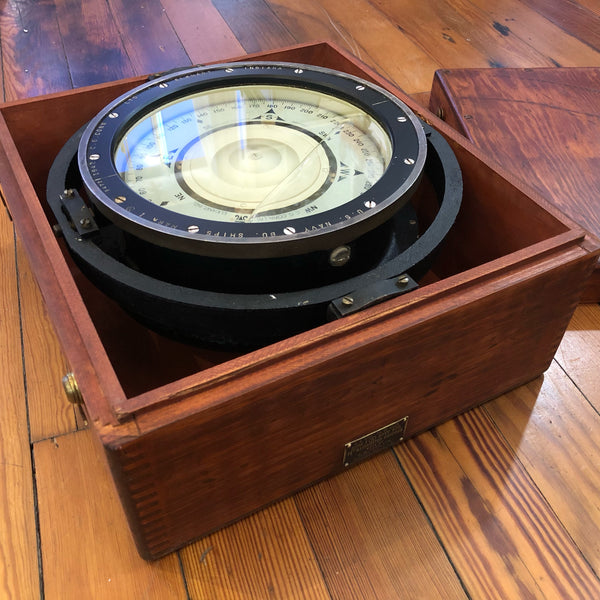 "U.S. Navy 7.5"" Compass in Wooden Box - Annapolis Maritime Antiques"