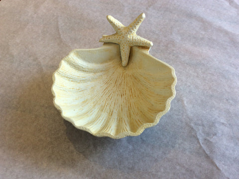 Soap Dish, Shell W/ Starfish - Annapolis Maritime Antiques