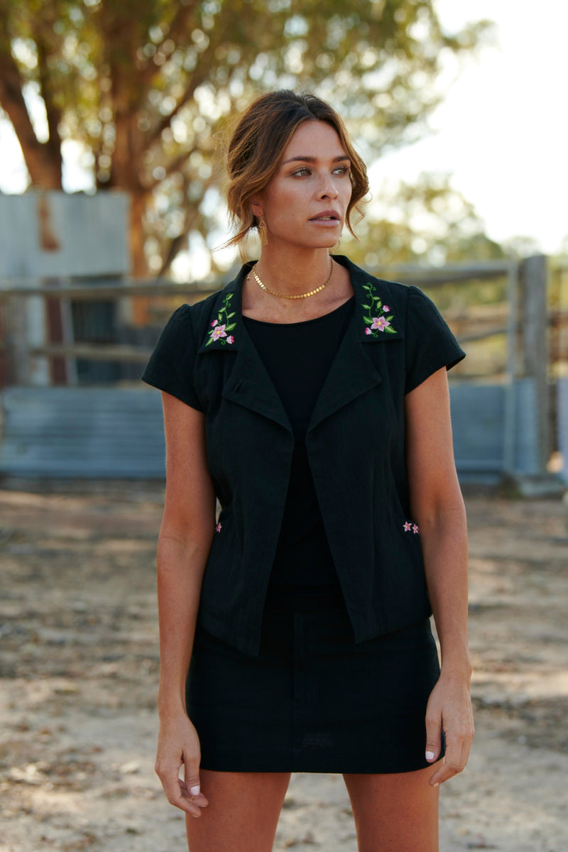 Delilah 100% Cotton Short Sleeve Jacket ~ Embroidered Black-Jacket-Harla