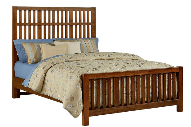 Artisan Choices Amish Cherry Slatted Bed - Queen