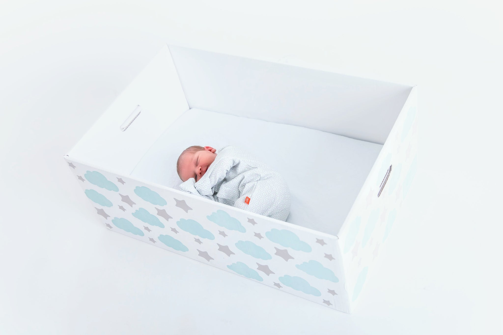 Baby Box Bassinet | Finnish Baby Box | Finnbin