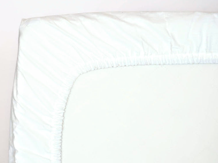 100% cotton fitted sheet for the Finnbin baby box